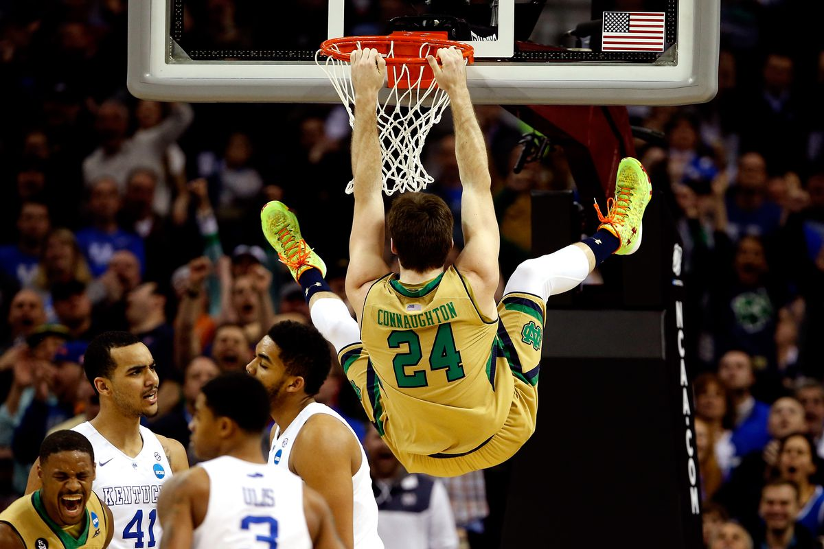 Pat Connaughton dunks at Notre Dame