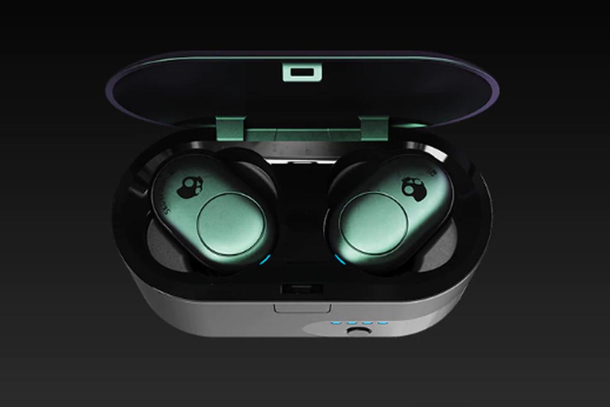 productos de calidad precio barato zapatillas Skullcandy launches its first truly wireless earbuds - The Verge