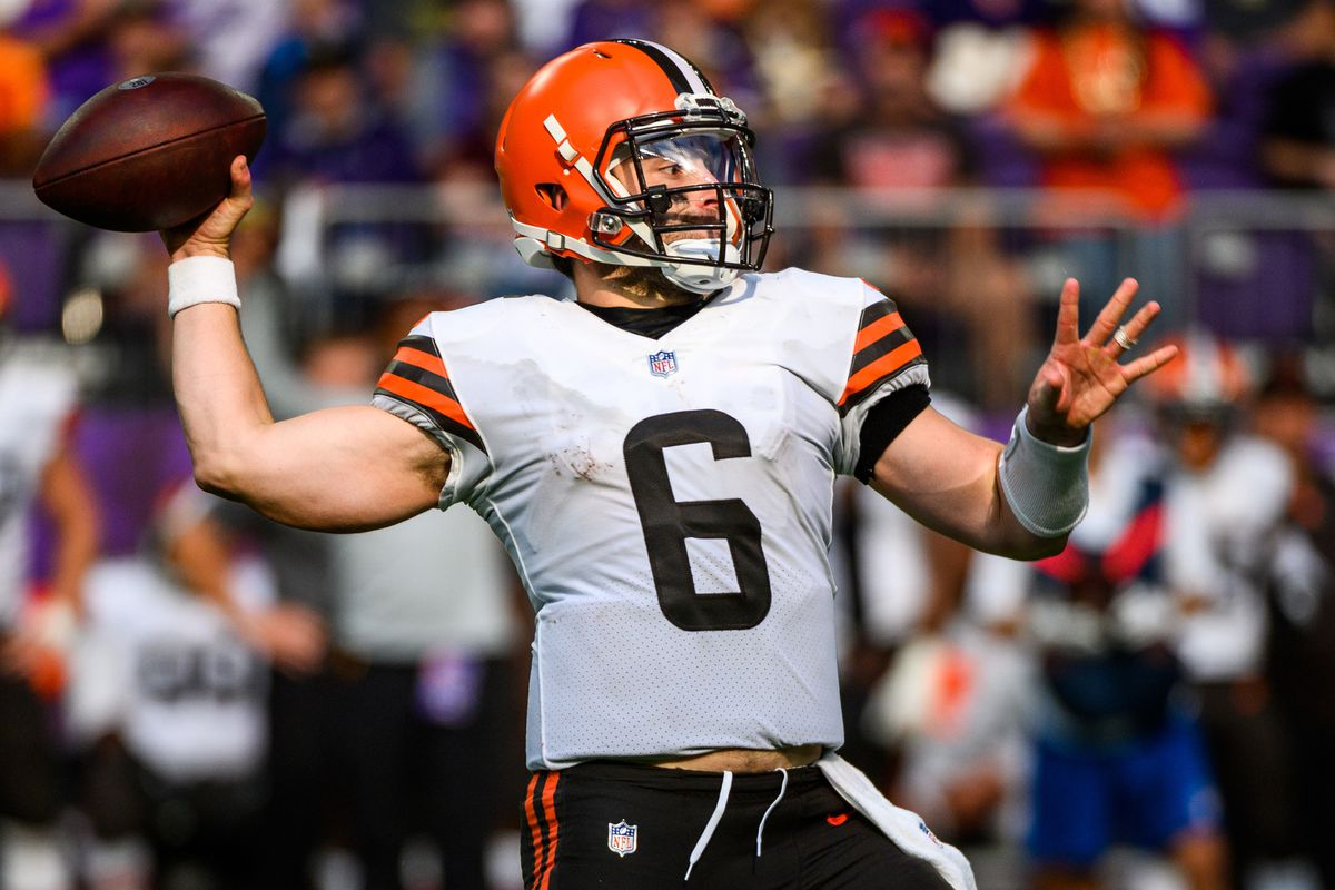Baker Mayfield #6 of the Cleveland Browns passes the ball in the fourth quarter of the game against the Minnesota Vikings at U.S. Bank Stadium on October 3, 2021 in Minneapolis, Minnesota.