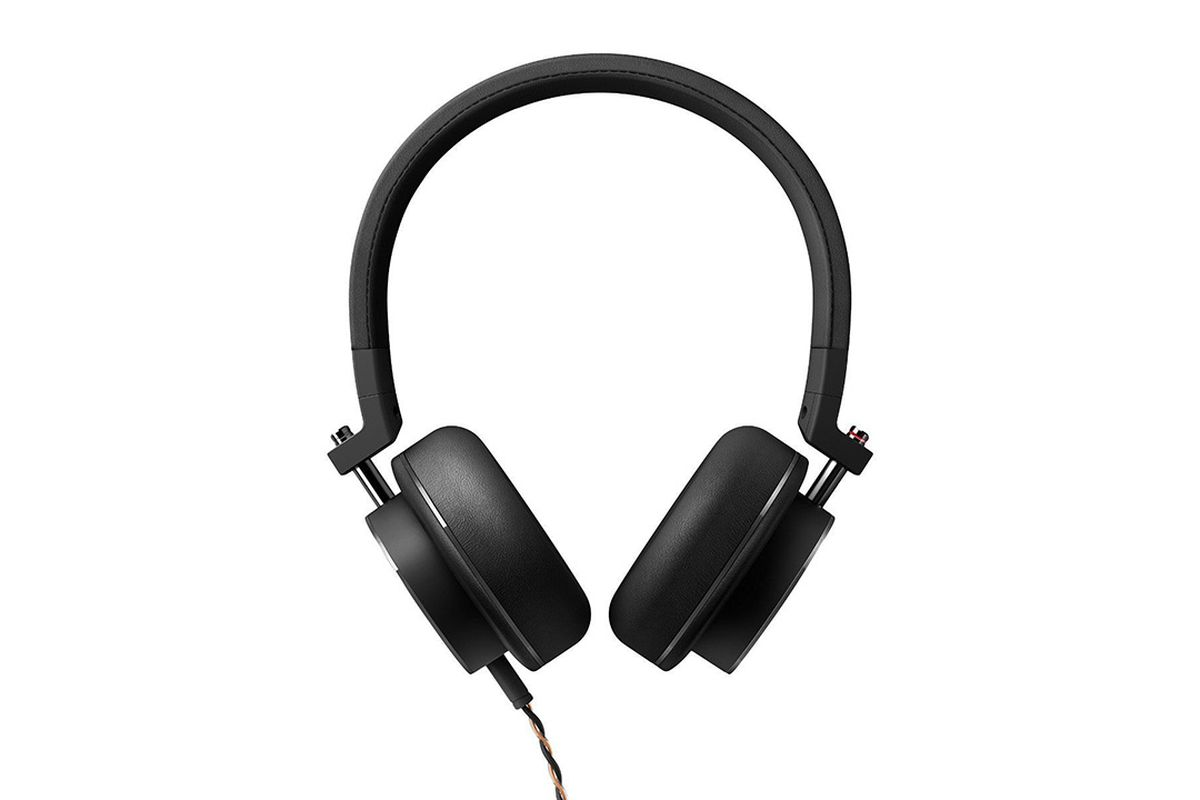 onkyo headphones. A Few Weeks Ago, I Came Across Surprisingly Lovely Pair Of In-ear Headphones In The Onkyo E700Ms. Coming From Brand That\u0027s Better Known For Building C