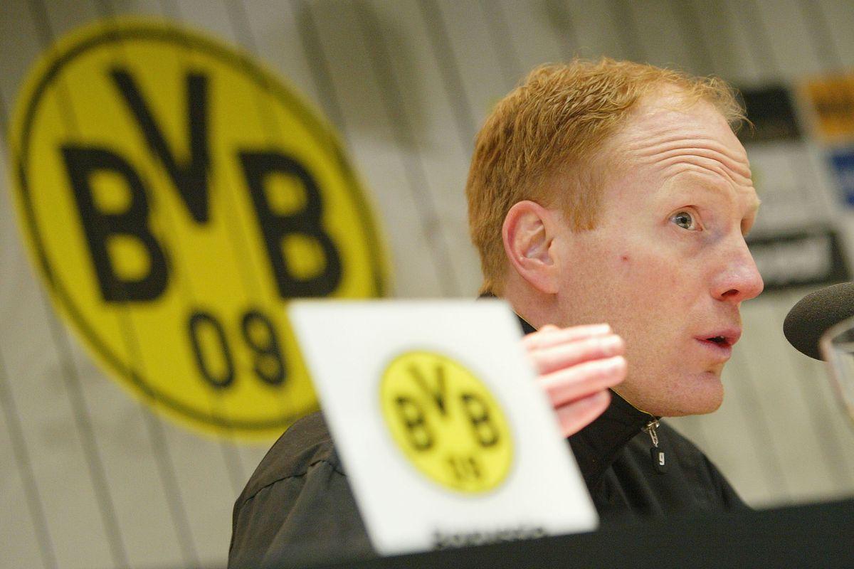 Dortmund v Stuttagrt