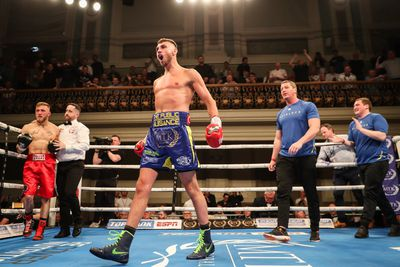 mccombserban - Burnett returns with stoppage win over Gomera, McCullough knocks out Geraghty