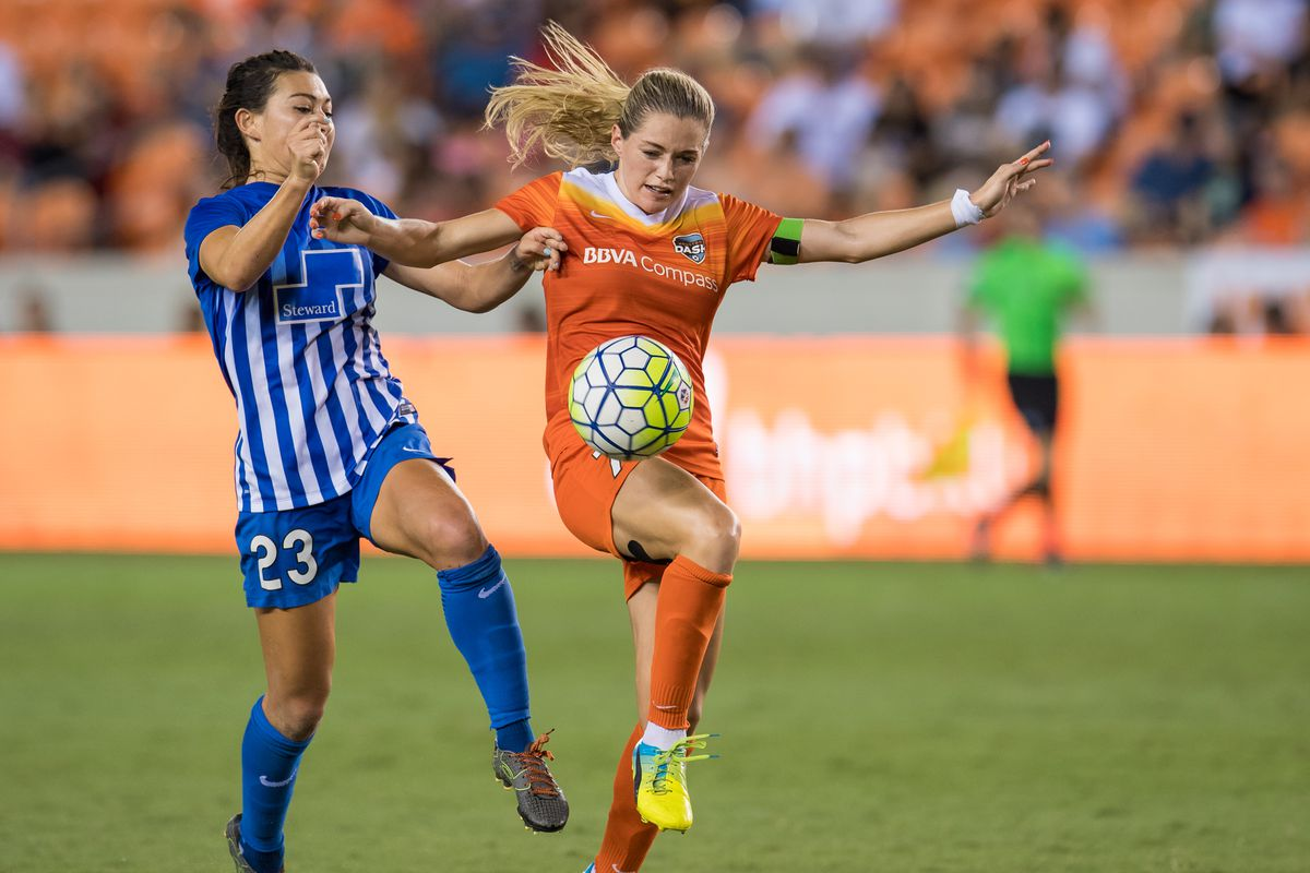 The Houston Dash close out their 2016 season against the Seattle Reign at home Sunday.