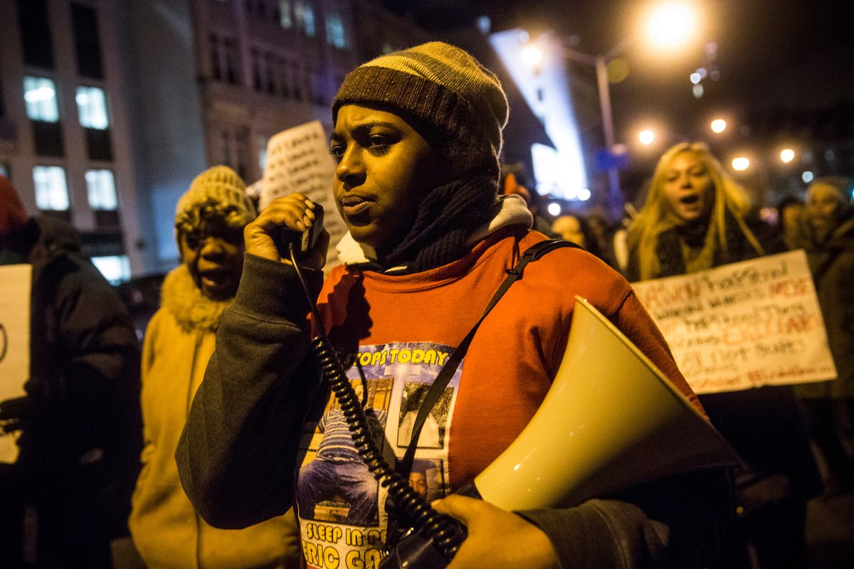 Erica Garner, daughter of police chokehold victim, dies in Brooklyn
