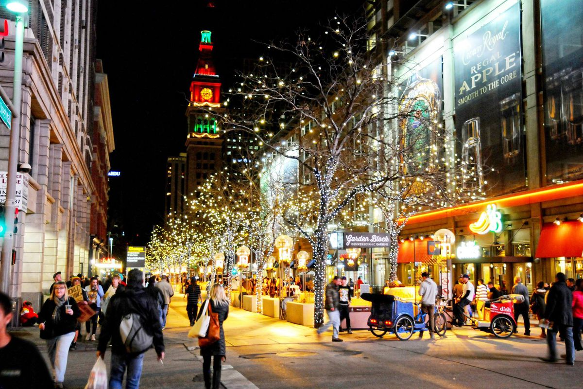 16th Street Mall Lights Up For The Holidays Providing Ping Dining And Spirited Celebration Facebook