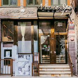 """<b>↑</b> <a href=""""http://organicmamaspa.com/""""><b>Mama Spa</b></a> (141 Allen Street) strives to make you feel like you've escaped the city with its peaceful surroundings and Eastern-influenced treatments. The spa will also only use products that are compl"""