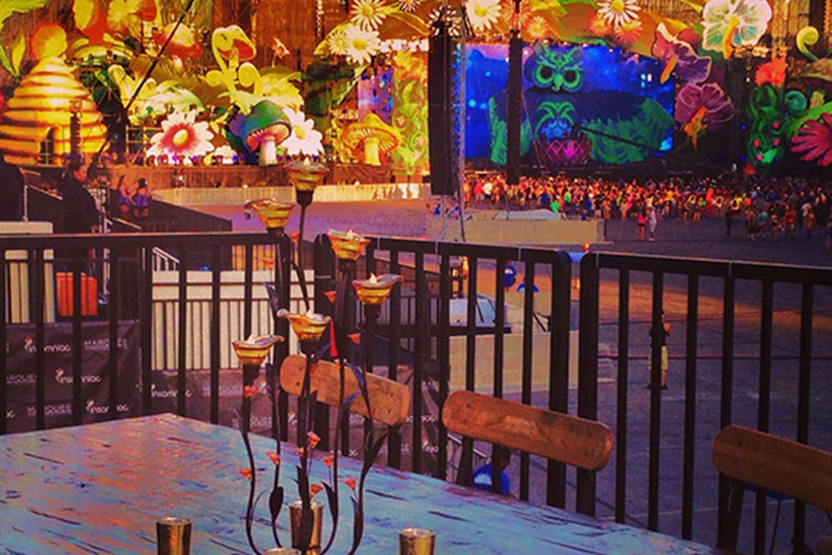 Electric Daisy Carnival dining