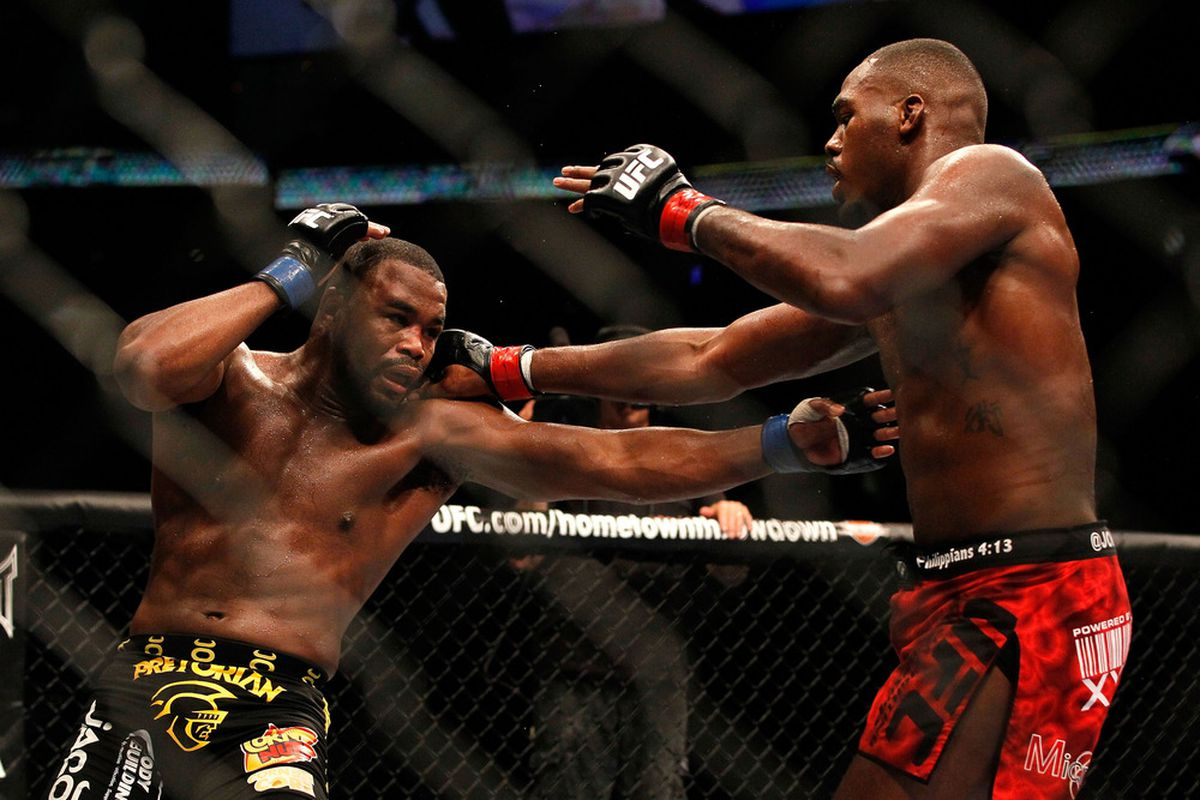 ATLANTA, GA - APRIL 21:  Jon Jones (R) punches Rashad Evans during their light heavyweight title bout for UFC 145 at Philips Arena on April 21, 2012 in Atlanta, Georgia.  (Photo by Kevin C. Cox/Getty Images)