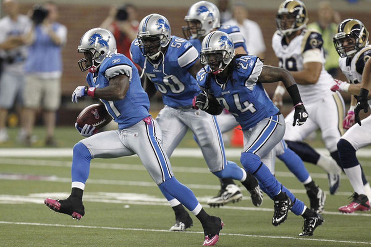 DETROIT - OCTOBER 10: Stefan Logan #11 of the Detroit Lions returns a second quarter kick off 105 yards for a touchdown while playing the St. Louis Rams on October 10, 2010 at Ford Field in Detroit, Michigan.  (Photo by Gregory Shamus/Getty Images)