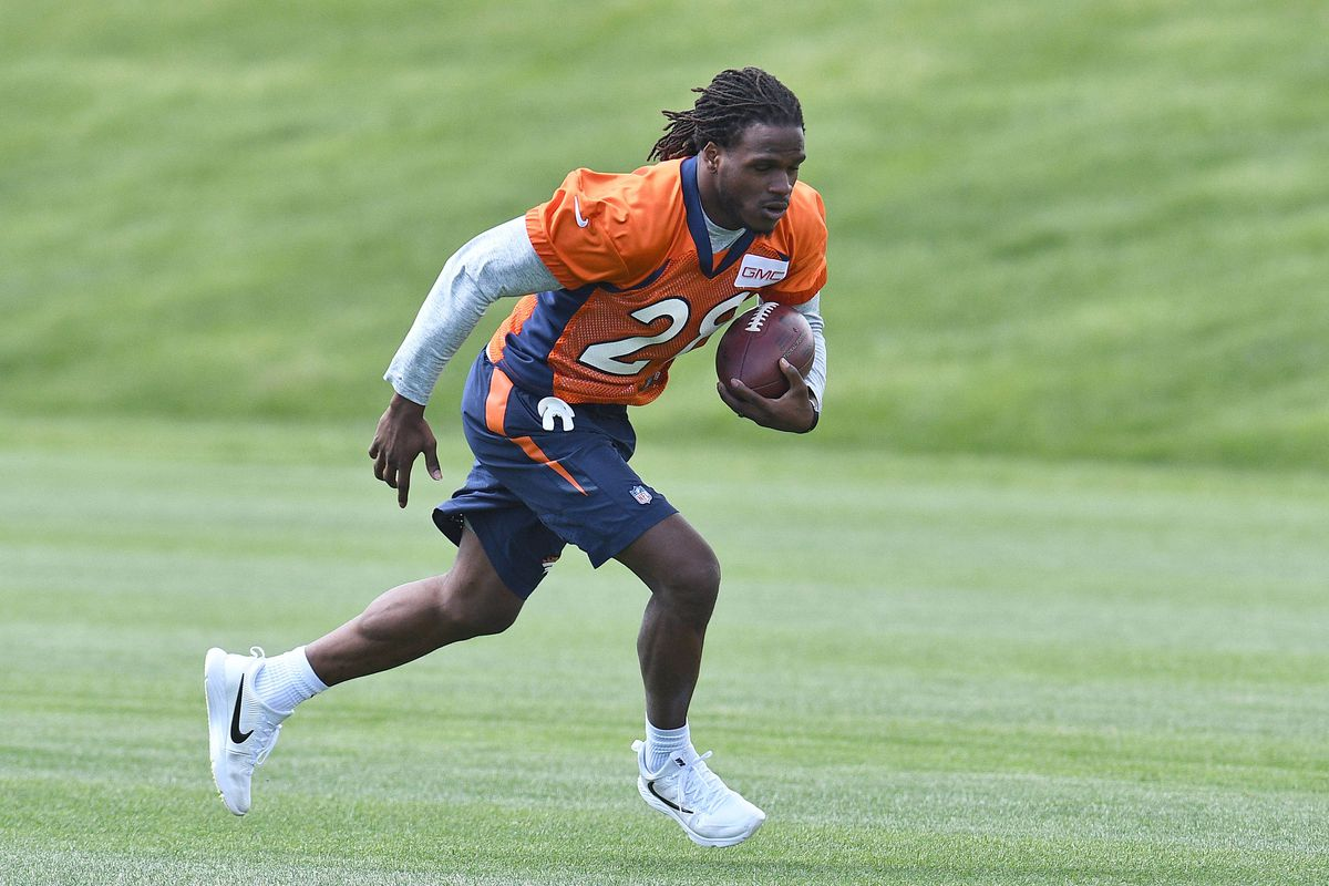 Broncos' Jamaal Charles has put KC in his rearview mirror