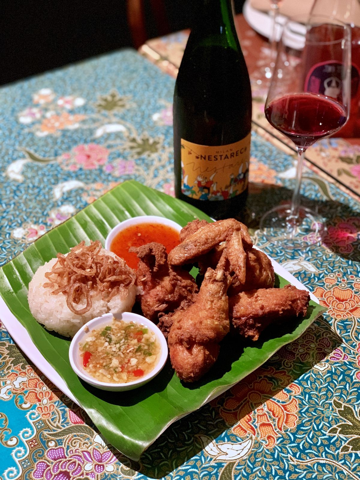 Fried chicken with natural Croatian wine by Milan Nestarec at Anajak Thai