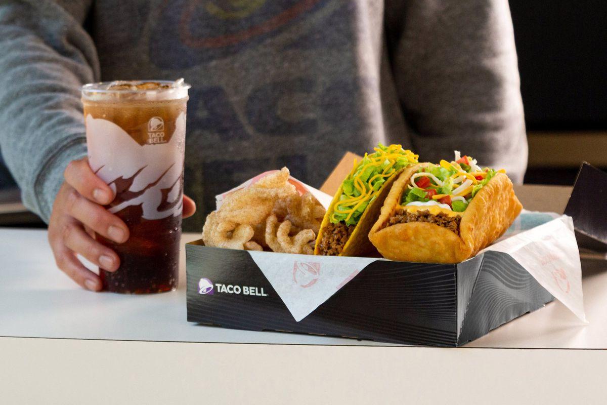 Taco Bell double chalupa box