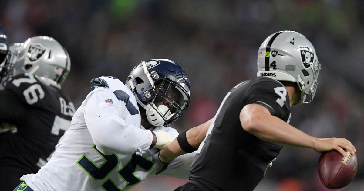 Frank Clark wins NFC Defensive Player of the Week honors