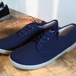 $24 Zig Zag shoes for men