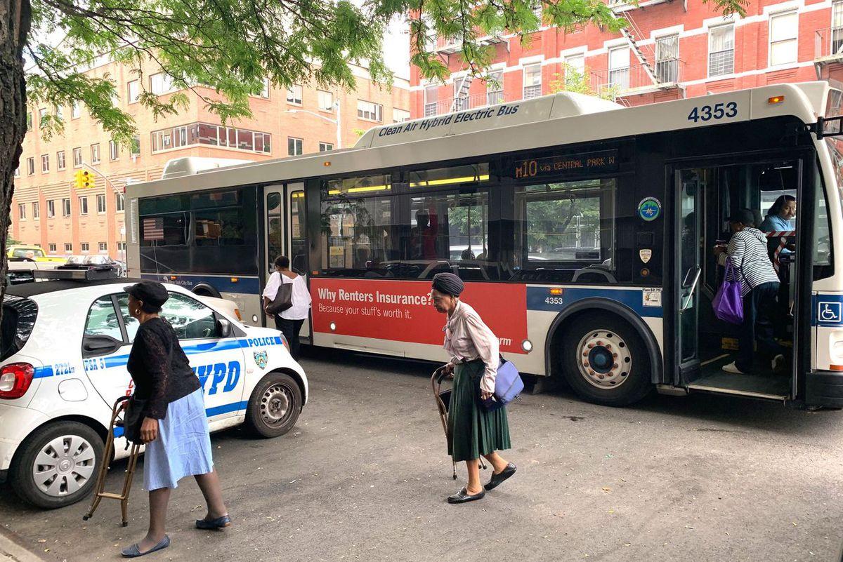 M10 Bus