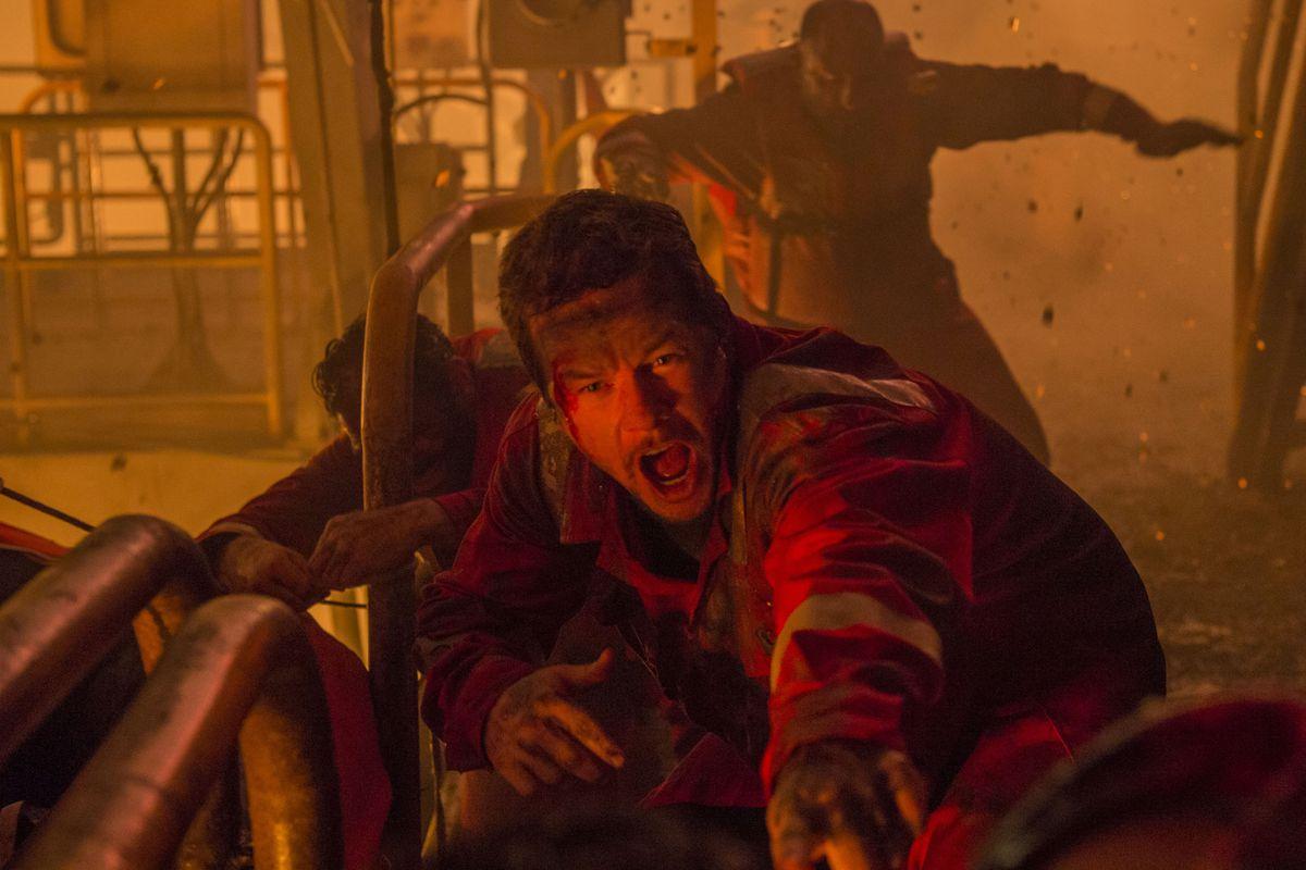 Mark Wahlberg plays engineer Mike Williams in Deepwater Horizon