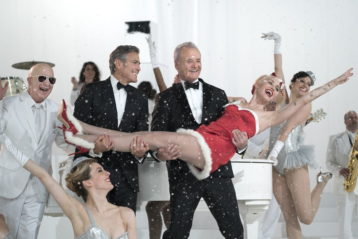 Bill Murray and friends (Paul Schaefer, George Clooney, Miley Cyrus).