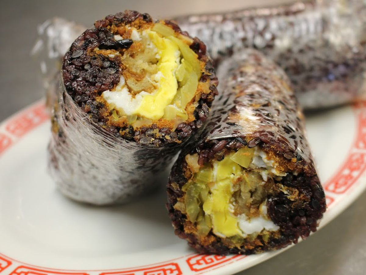 Rice rolls at Huge Tree Pastry, San Gabriel Valley