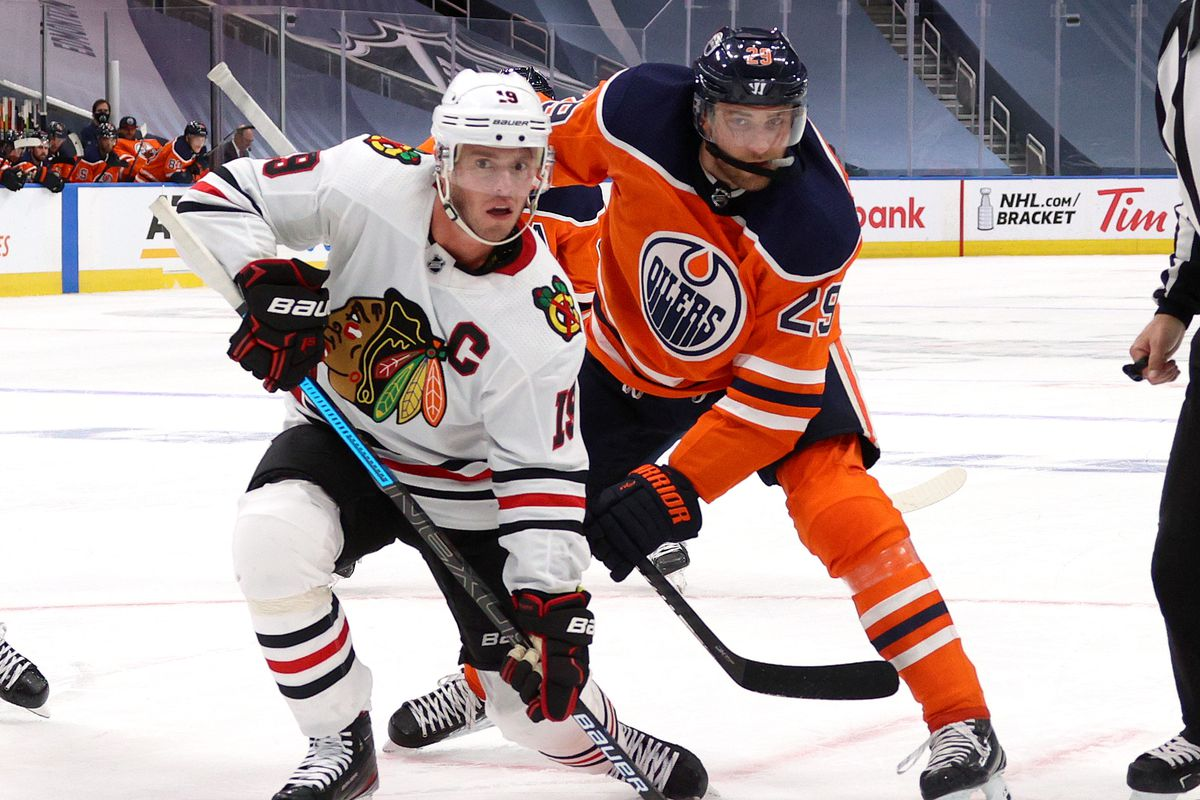 Chicago Blackhawks v Edmonton Oilers - Game One