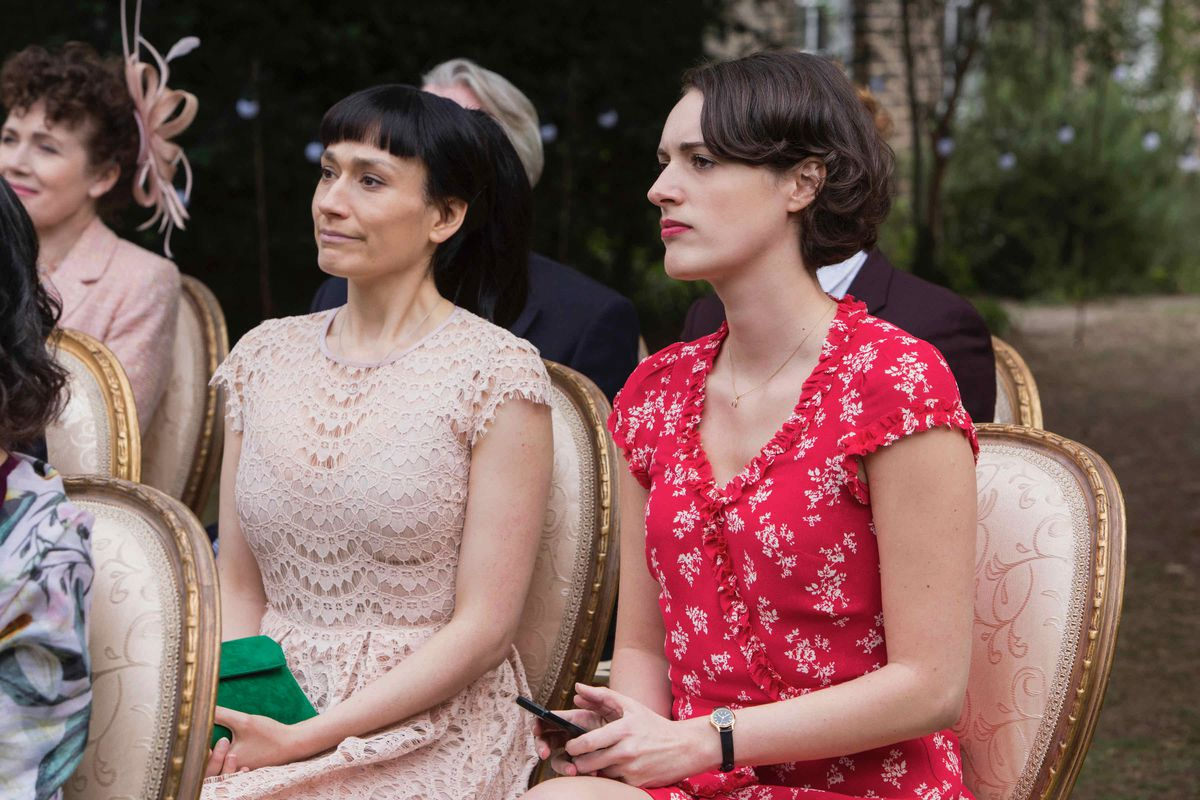 Fleabag and Claire participate in a wedding.