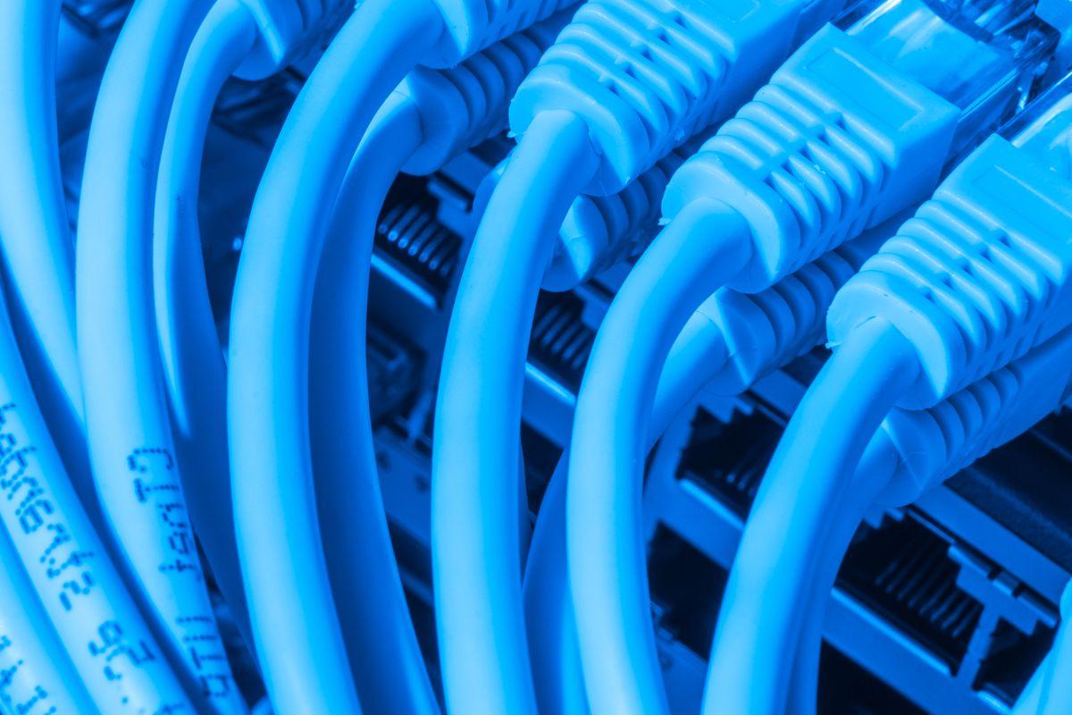 FCC Tries Explaining New Net Neutrality Approach as Techies Freak