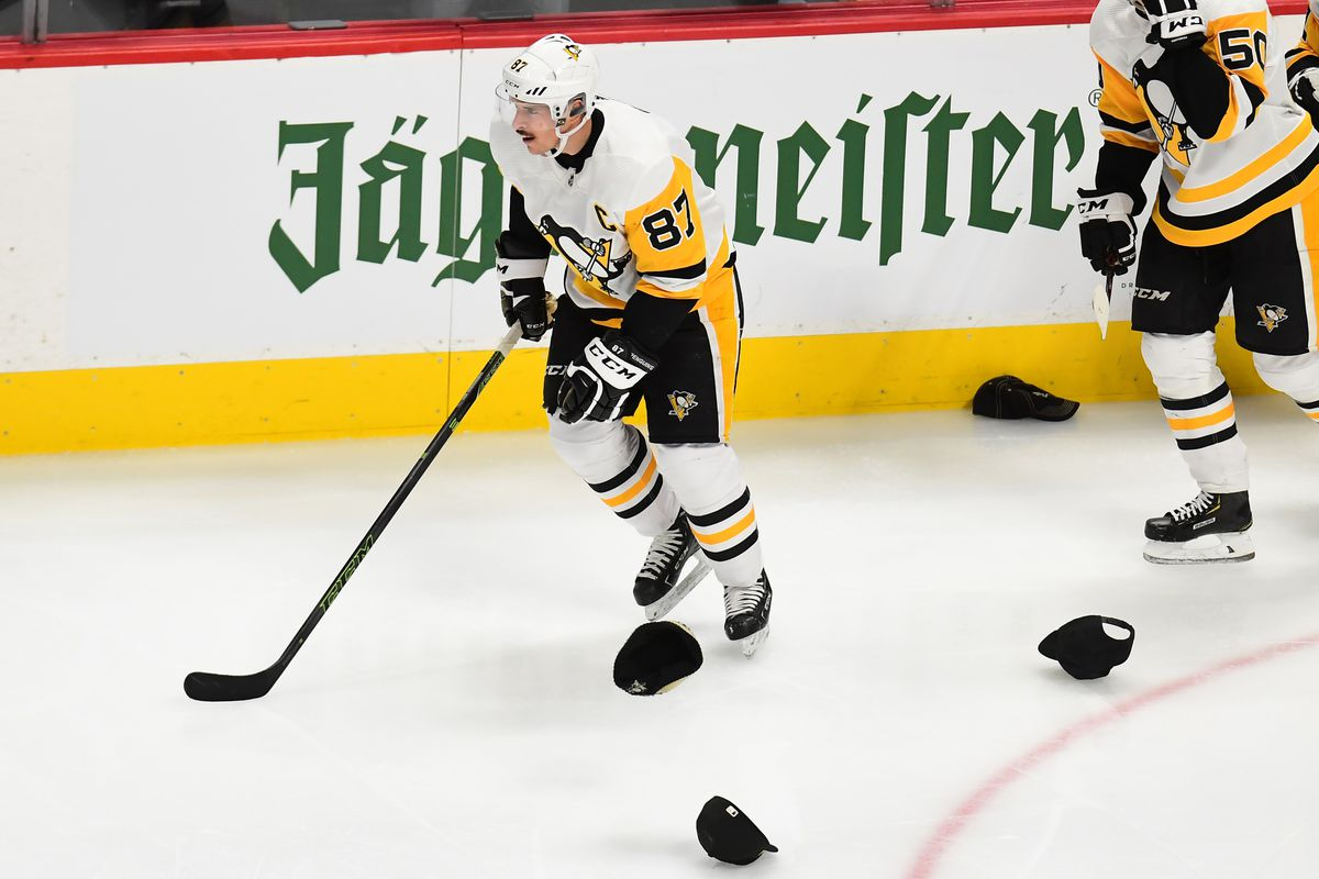 1ef4c0f4b46 Recap  Avalanche overcome Sidney Crosby s hat trick to beat Penguins ...