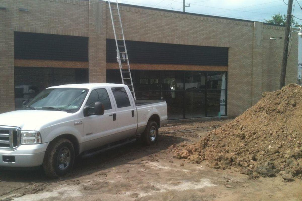 Construction at Montrose Pizaro's