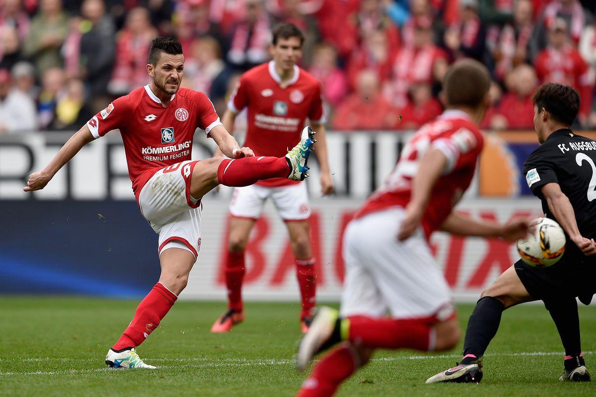 1. FSV Mainz 05 v FC Augsburg - Bundesliga