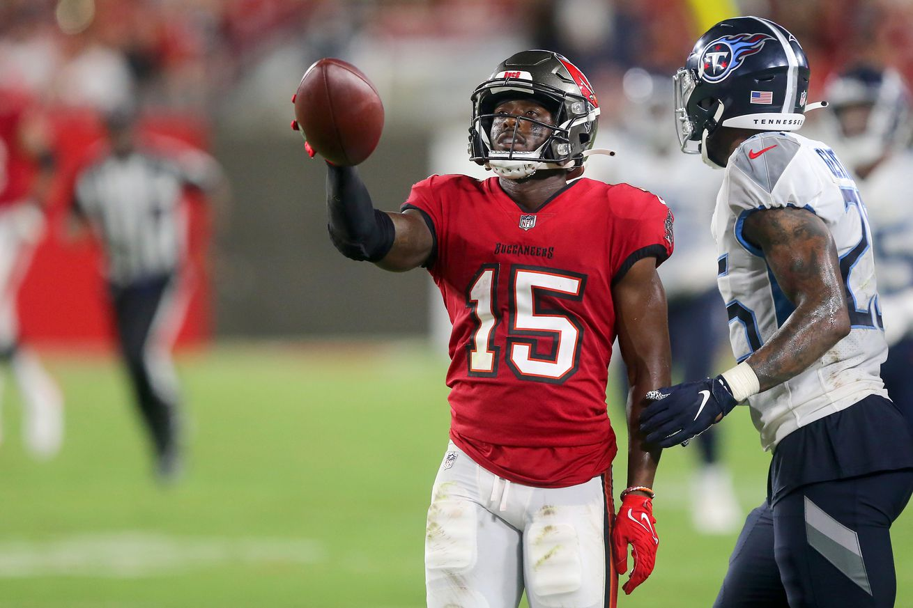 NFL: AUG 21 Preseason - Titans at Buccaneers