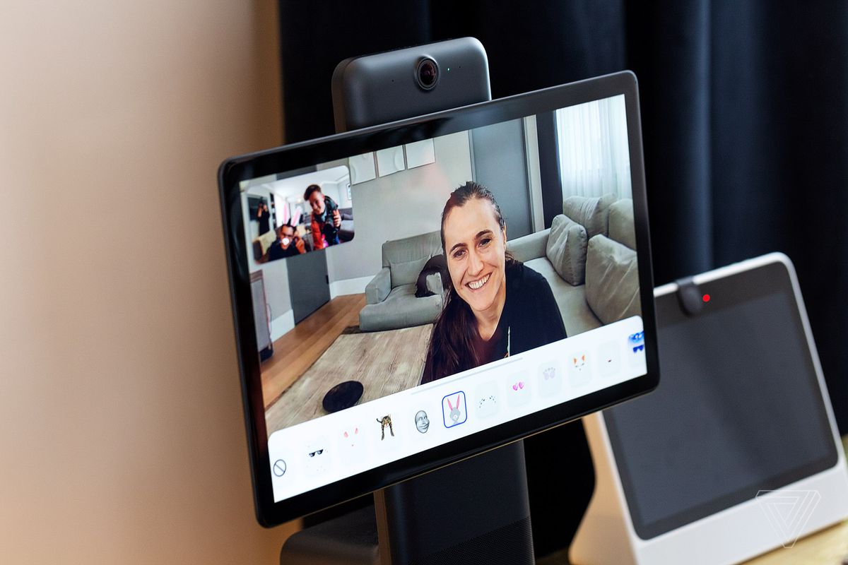 Facebooks Portal video chat devices launch today - The Verge