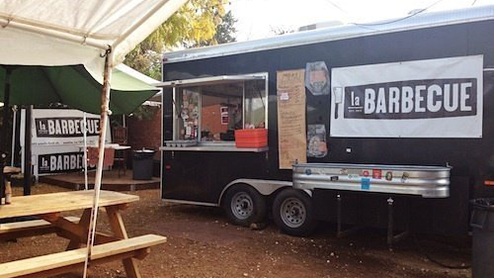 Is There A Food Truck Park In Austin