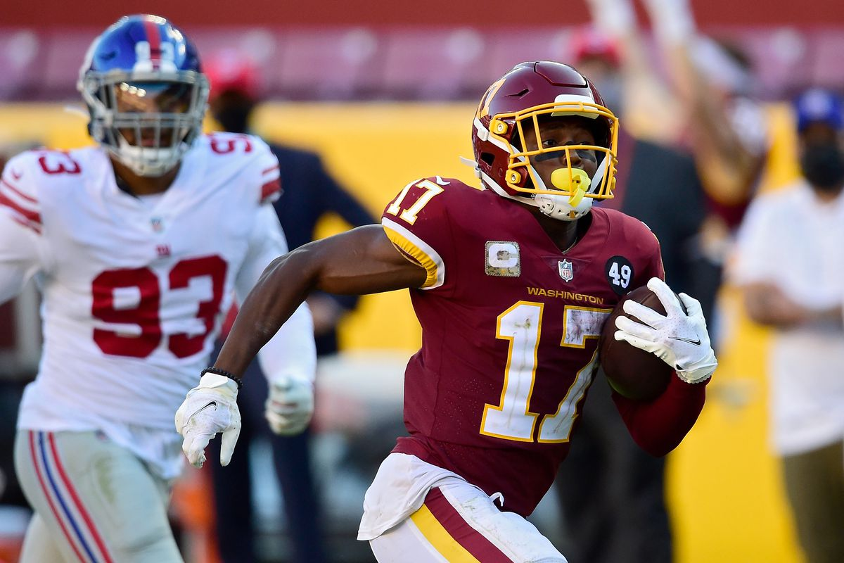 Terry McLaurin #17 of the Washington Football Team runs with the ball in the fourth quarter against the New York Giants at FedExField on November 08, 2020 in Landover, Maryland.