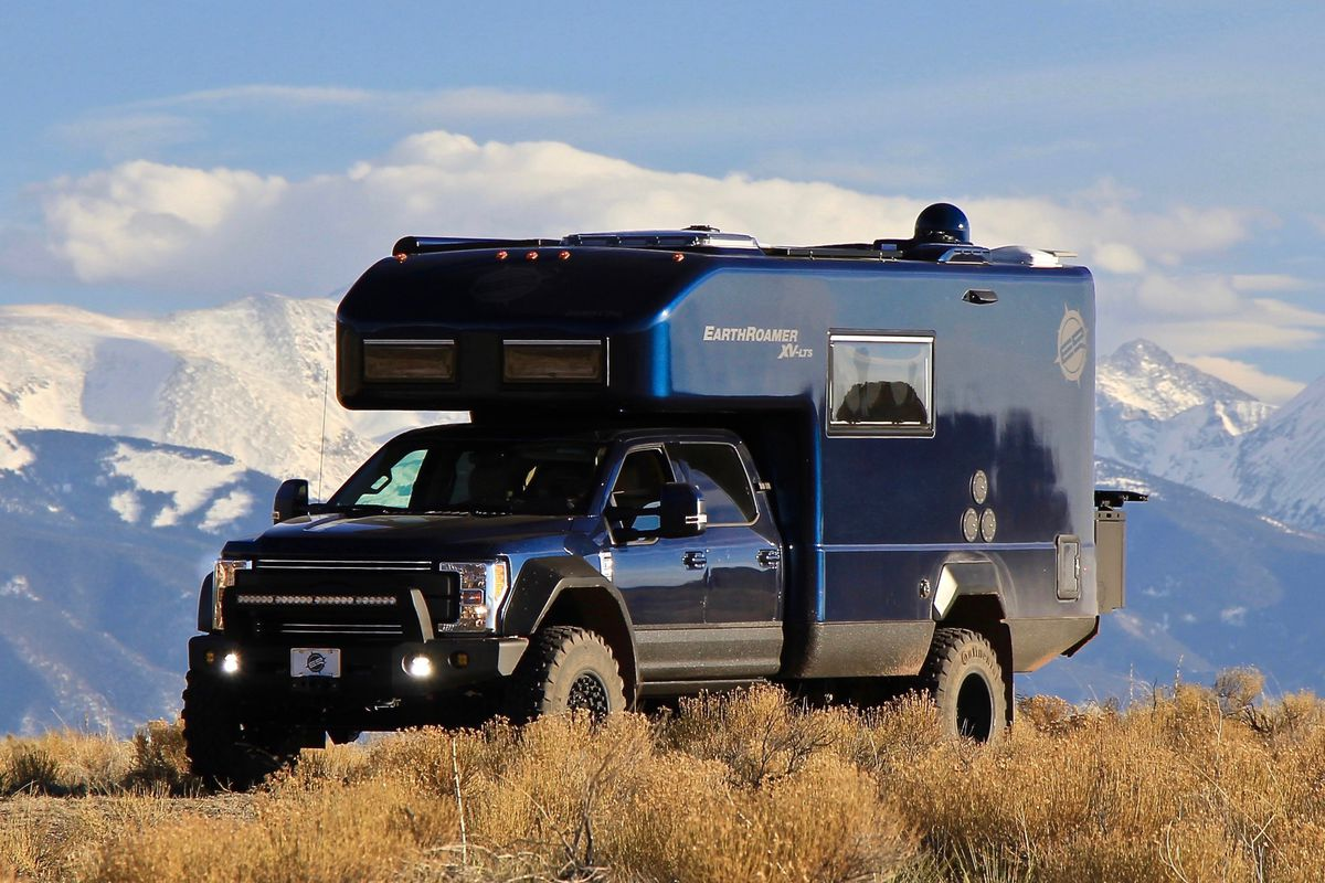 Luxury camper by EarthRoamer can stay off the grid for weeks