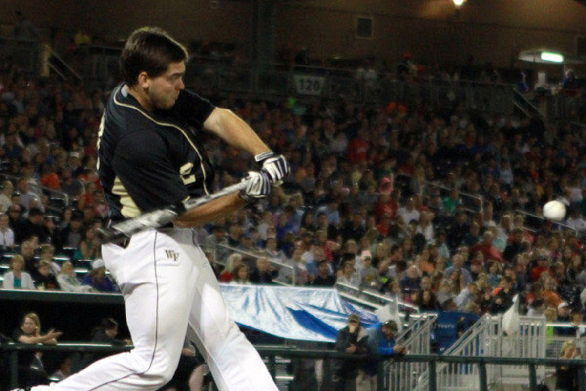 Will Craig crushes a ball in the College Home Run Derby