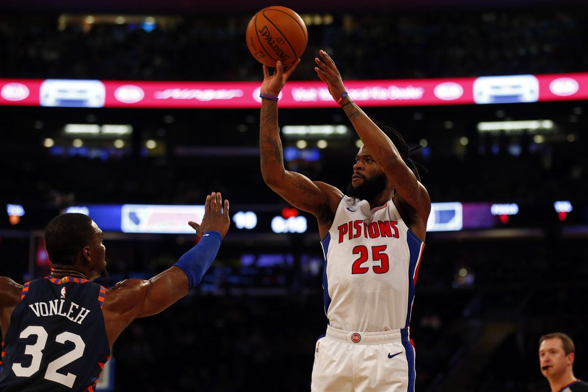 best cheap ae94f e4703 Report: Pistons' Reggie Bullock traded to Los Angeles Lakers ...