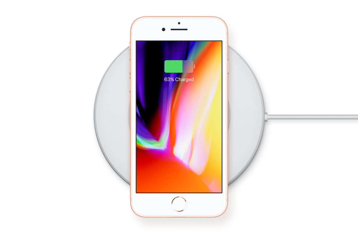 Does Wireless Charging Excuse Apple Not Using Usb C The Verge Headphone Jack Wiring Iphone Plug Pinouts But With 8 And X Has Finally Caught Up Rest Of Mobile Phone Industry In Adding A Standardized Method