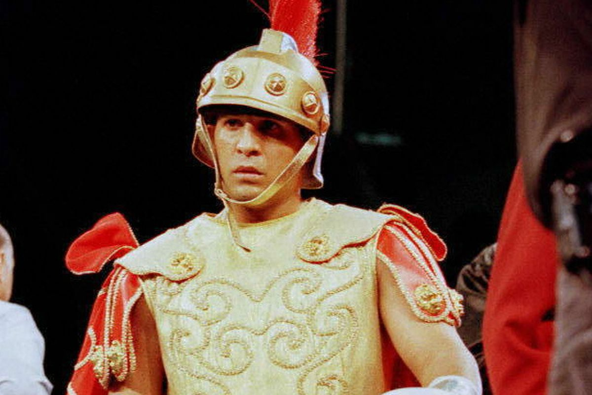 """Hector """"Macho"""" Camacho shows up in the ring in a R"""