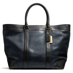 """<a href=""""http://f.curbed.cc/f/Coach_SP_031214_WeekendTote"""">Bleecker Weekend Totes in Harness Leather</a>, $698"""