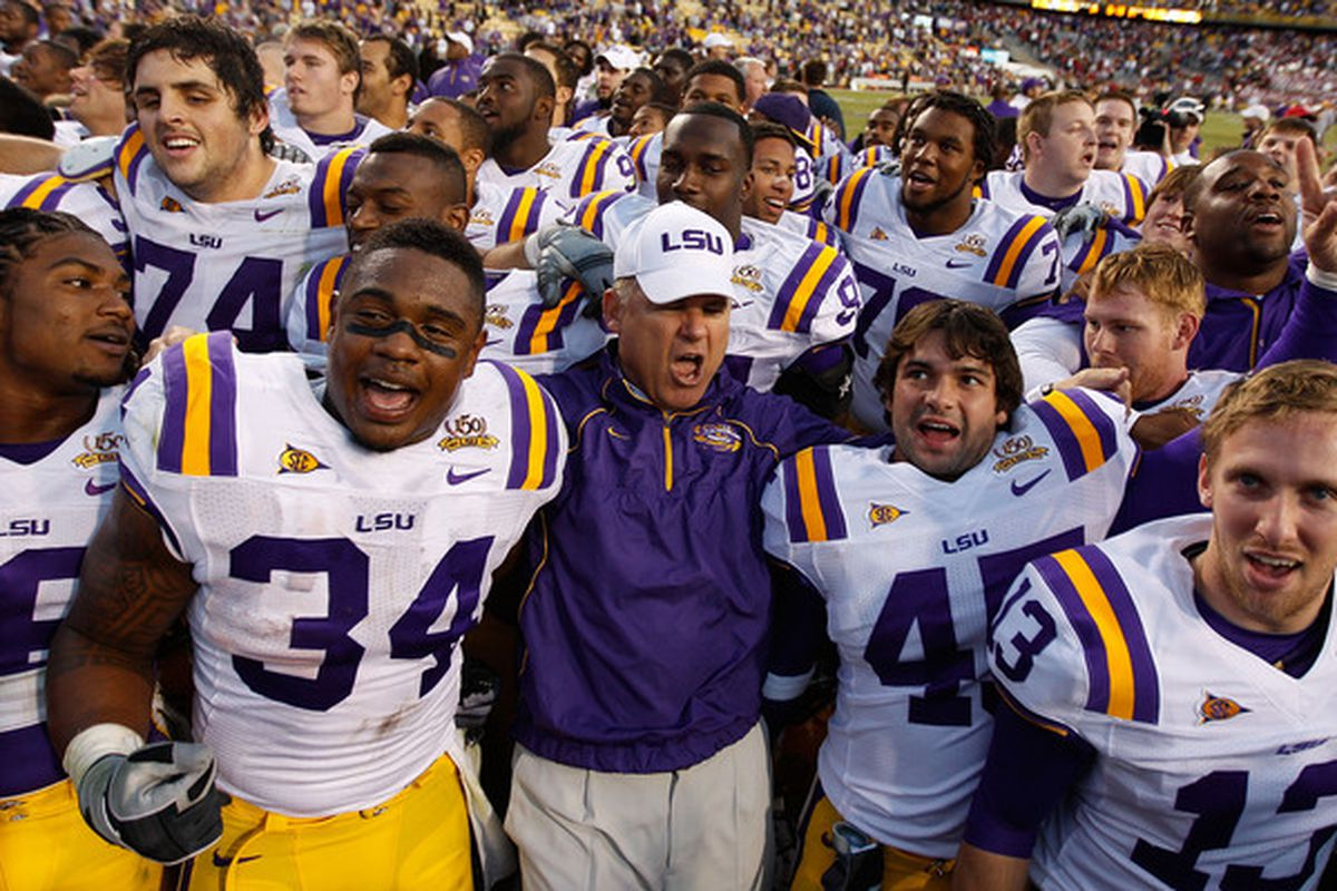 Les Miles, seen here pooping his pants (lol), has put together an incredible class at LSU.
