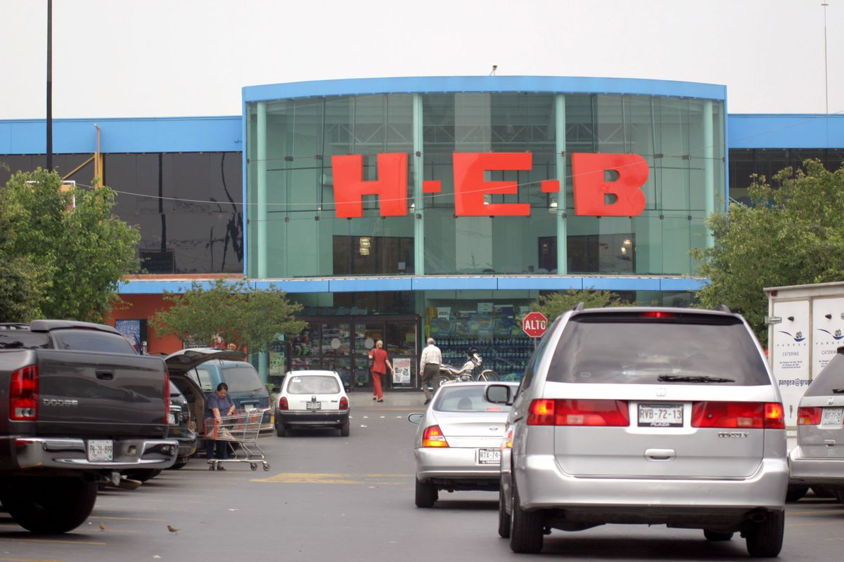 Shoppers arrive at an H-E-B supermarket in Monterrey, Mexico