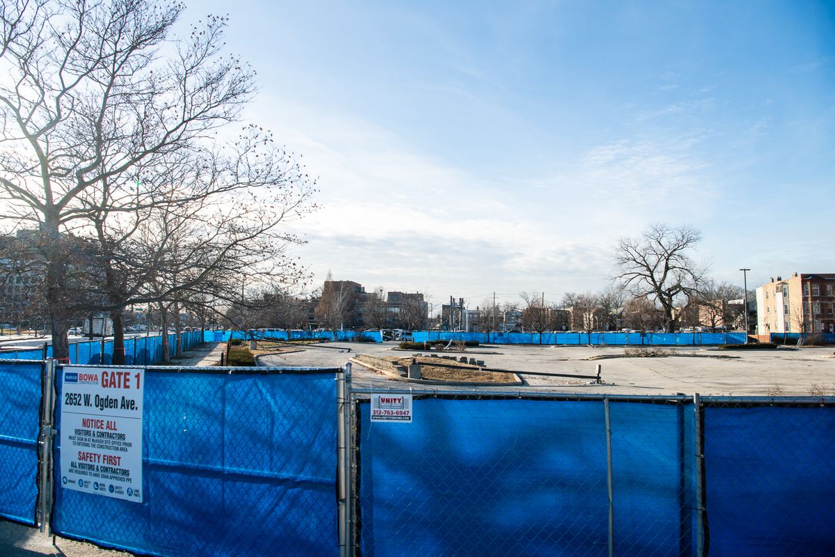 The construction site at Ogden Avenue and South Talman Avenue where the Ogden Commons development is planned. The Chicago Housing Authority had hoped the project would be finished by September 2020. But it's unclear when the development will be completed — or even when construction will begin.