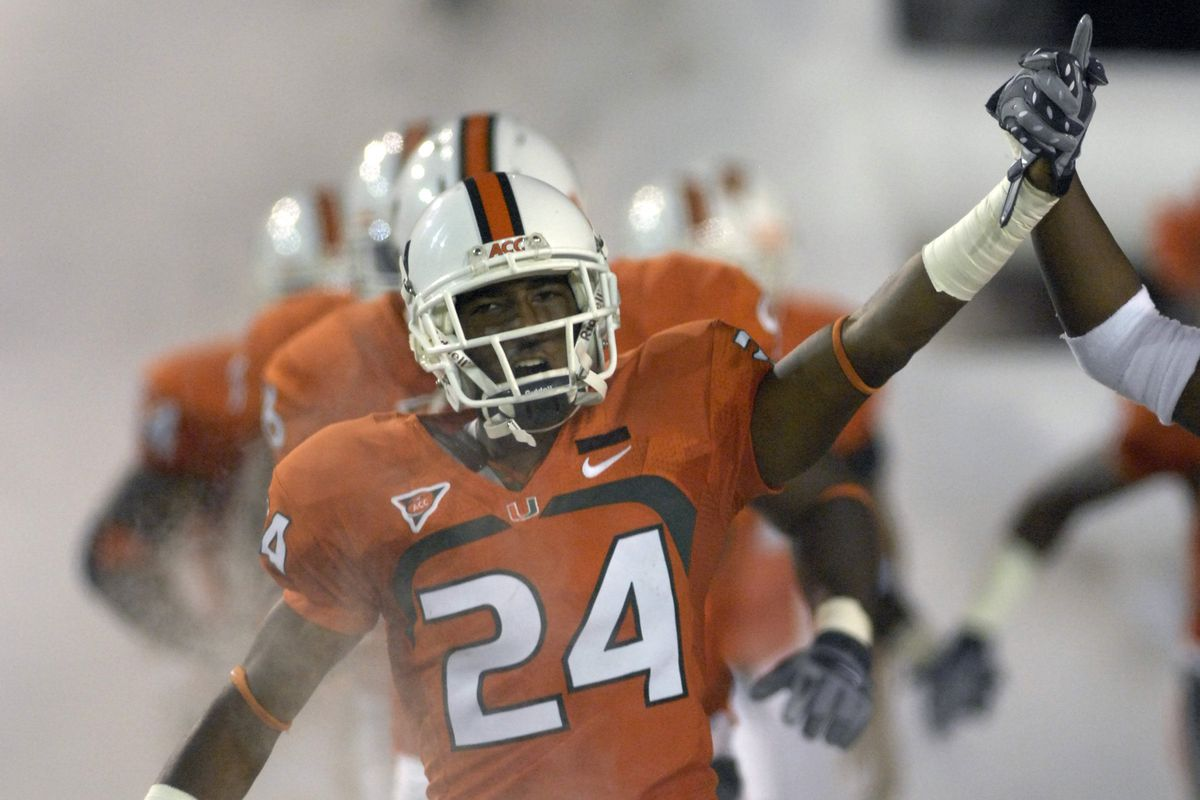 100 Greatest Plays In Miami History: #83-Chavez Grant Destroys A UNC Player In 2008
