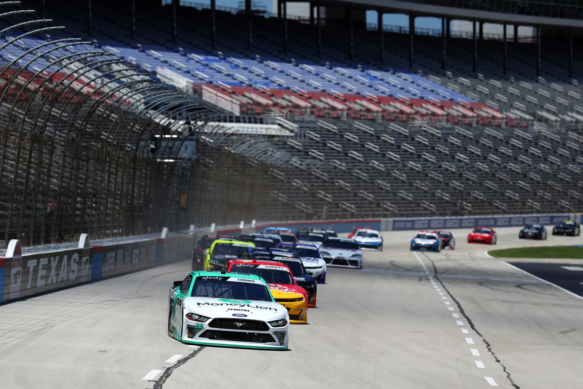 Nascar Starting Lineup How Qualifying Sets Race Order For Saturday S Kansas Lottery 250 Draftkings Nation