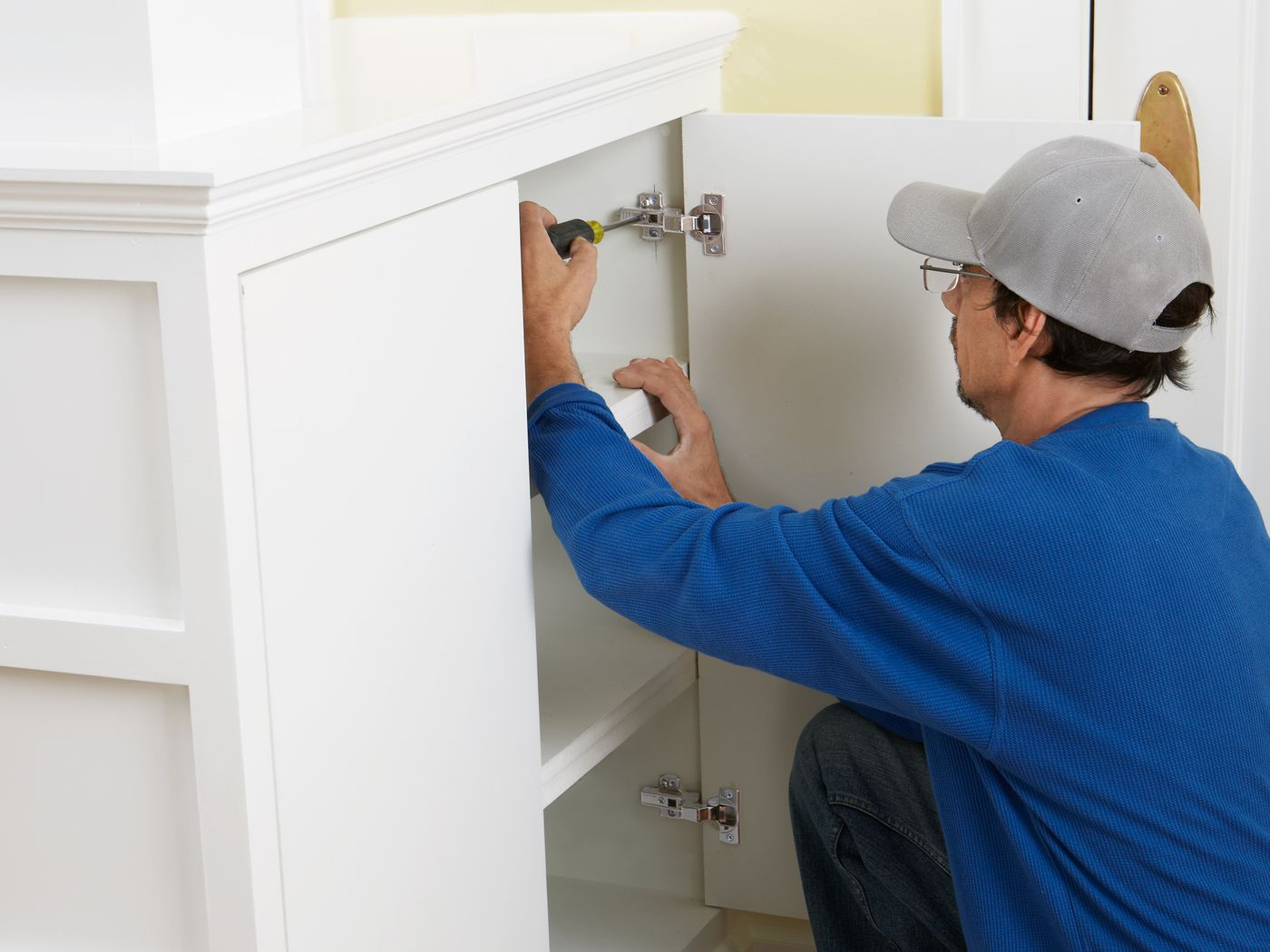 Hidden Cabinet Hinges Installation In 9 Steps This Old House