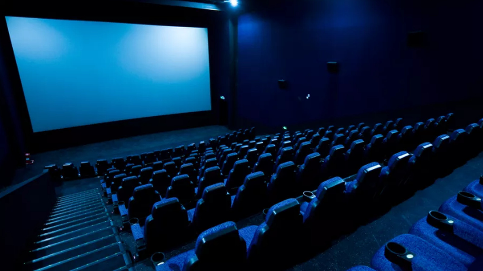 theater movie theaters mode screen vox upcoming studios am texting shot