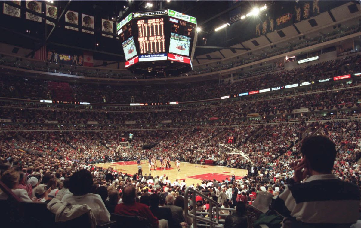 85dd9e27c0ed The tip-off of Game 1 of the NBA Finals between the Chicago Bulls and the  Utah Jazz Sunday