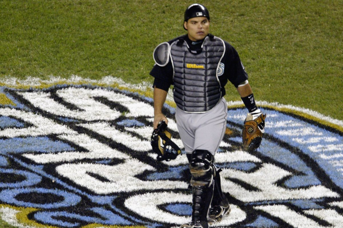would ivan rodriguez have made hall of fame s class of 2017 without the marlins fish stripes. Black Bedroom Furniture Sets. Home Design Ideas