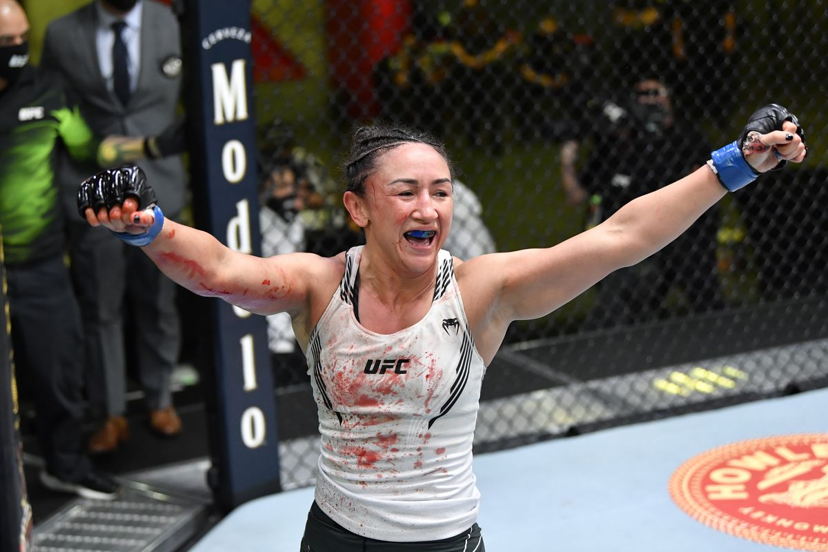 UFC Fight Night: Xiaonan v Esparza