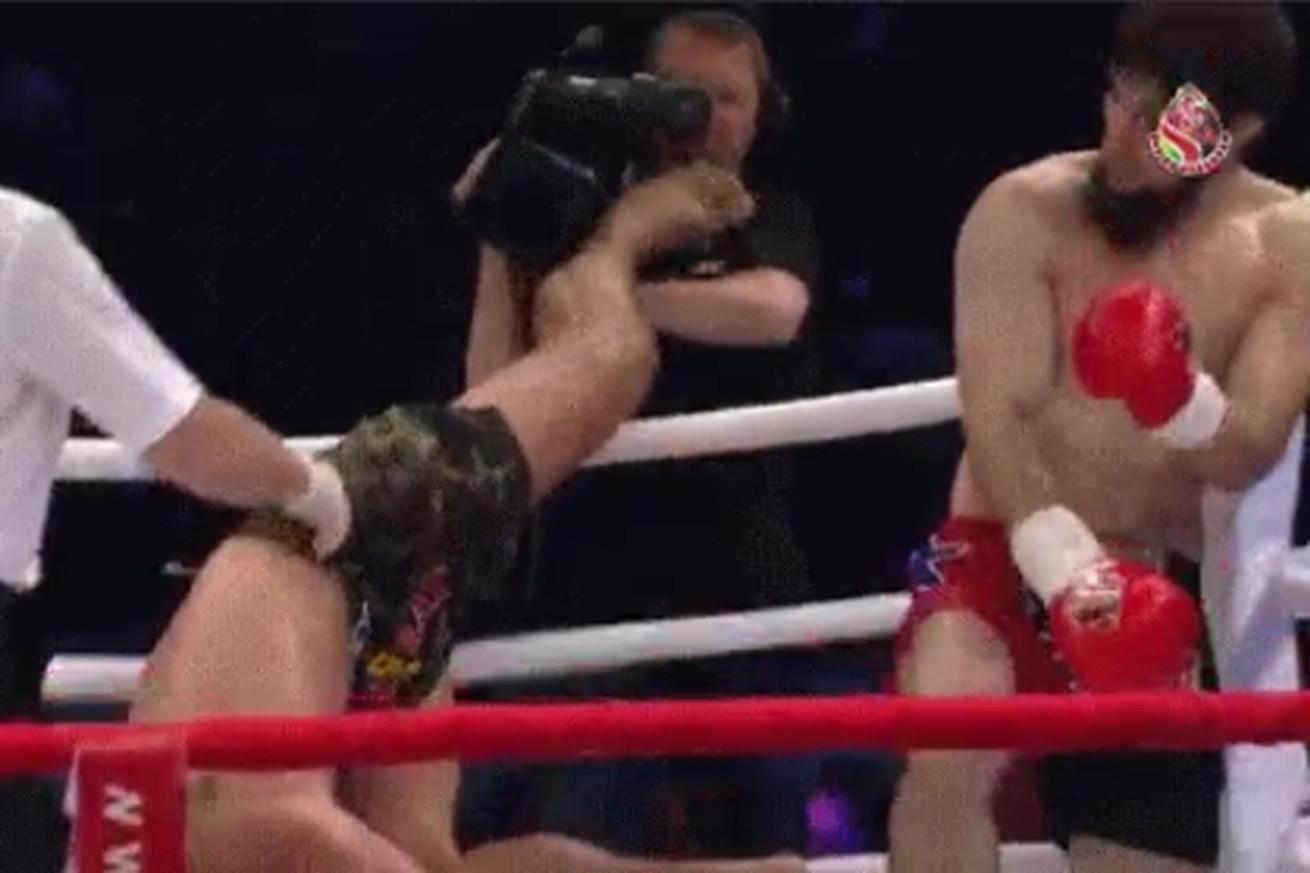 community news, Deo Phetsangkhat cartwheel kicks cameraman during kickboxing bout