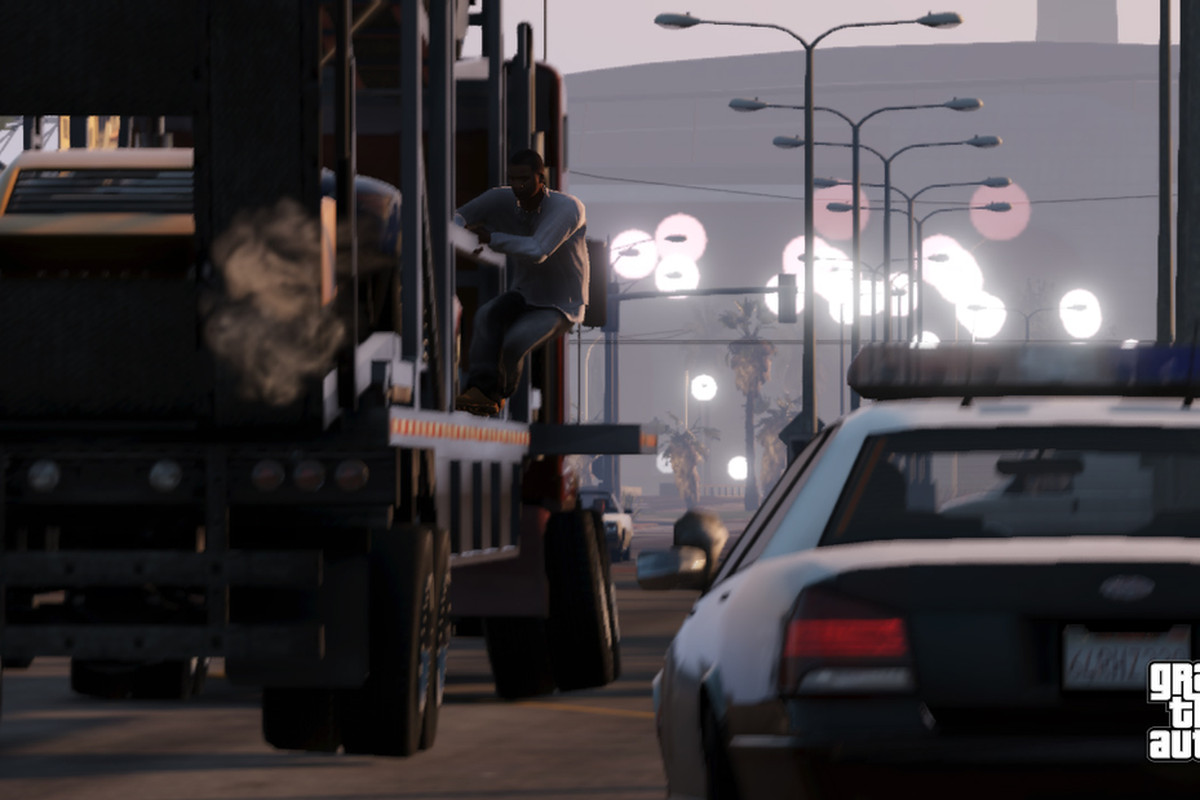 New 'Grand Theft Auto V' trailer shows off multiplayer - The